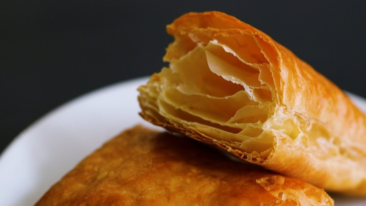 Preparation of puff pastry